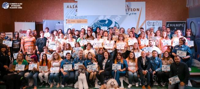 Grandes Profesionales de la Peluqueria Canina en el IX congreso internacional Alianz Grooming 2018 en España